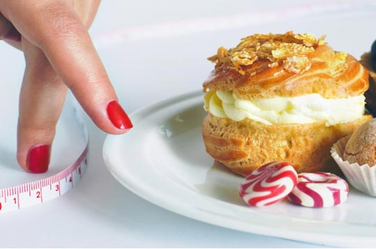 slodycze Słodycze- smaczne, kaloryczne i niezdrowe. Jak wyeliminować je z diety? Radzi dietetyk Sylwia Witek