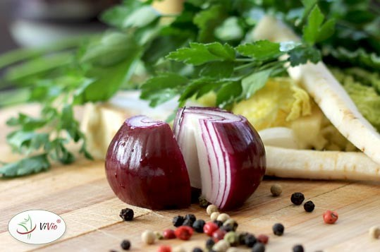 warzywa-1 DOMOWA KOSTKA ROSOŁOWA - jak zrobić? <br>SPRAWDŹ PRZEPIS na kostkę, która wystarczy aż na 36 litrów bulionu!