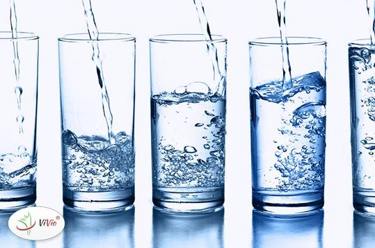 zdrowa_woda WODA FIJI i JAVA. Po którą warto sięgnąć?