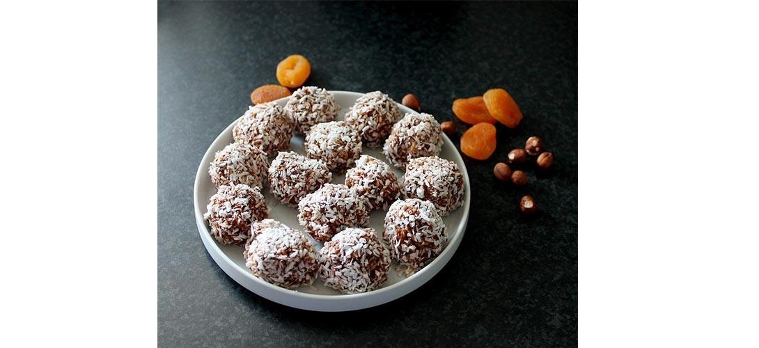 kule-sniezne Przepis na ciasteczka świąteczne – kule śnieżne bez pieczenia!