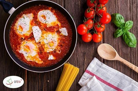 shakshuka-przepis Shakshuka: przepis idealny na śniadanie, obiad i kolację!