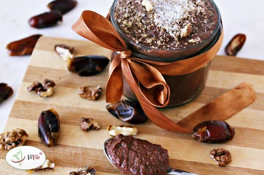 nutella Zdrowe zamienniki popularnych produktów w kuchni.  Dziś nutella z daktyli. Sprawdź!