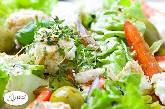 salatka-1 Hiszpania - ciekawostki:  Sałatka z ziemniaków i makreli. Odkryj nowy smak!
