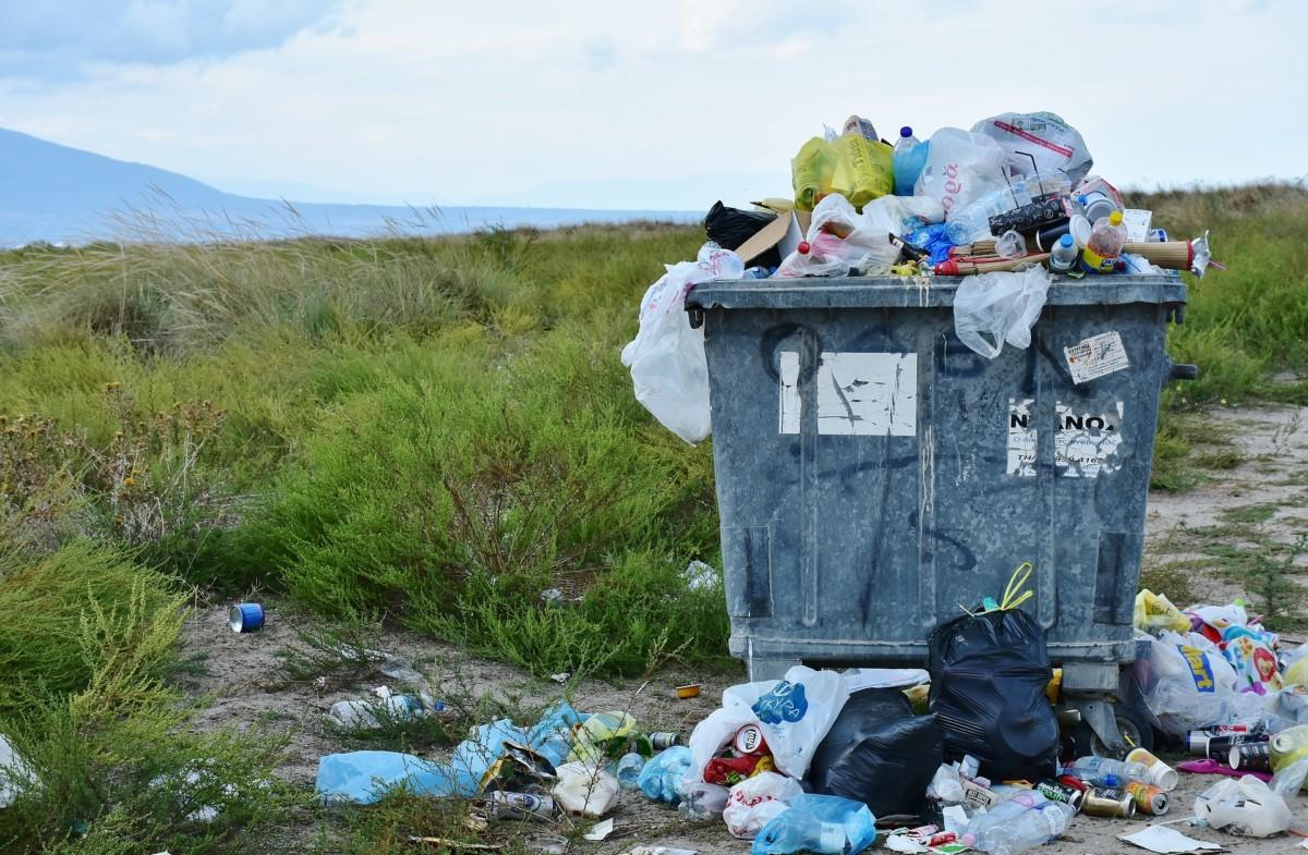 garbage-2729608_1920 Trend zero waste - moda czy konieczność? Wskazówki dla początkujących