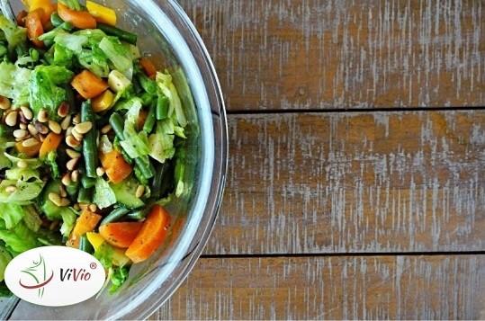 Wyróżniający-ok-2 Lekkie sałatki z dodatkiem soczystych owoców – podpowiadamy jak je przygotować!