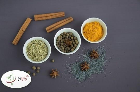 Wyróżniający Zioła i przyprawy, które warto mieć w swojej kuchni w okresie jesienno-zimowym