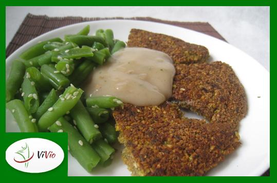 omlet Omlet z ciecierzycy z sosem pieczarkowym - pomysł na obiad!