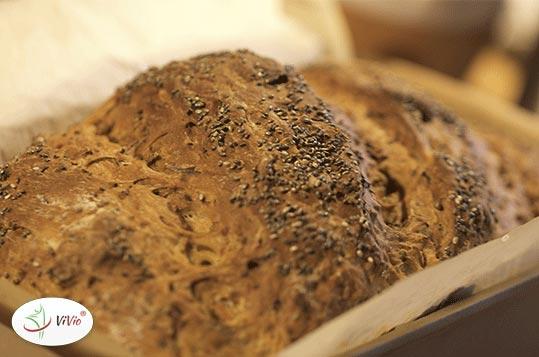 chleb_z_chia Nasiona chia, czyli zdrowy dodatek do pieczywa. Wypróbuj 3 przepisy na chleb z dodatkiem szałwi hiszpańskiej!