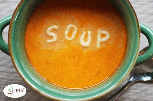 zupa Czas na rozgrzewkę – wypróbuj 3 pomysły na rozgrzewającą zupę!