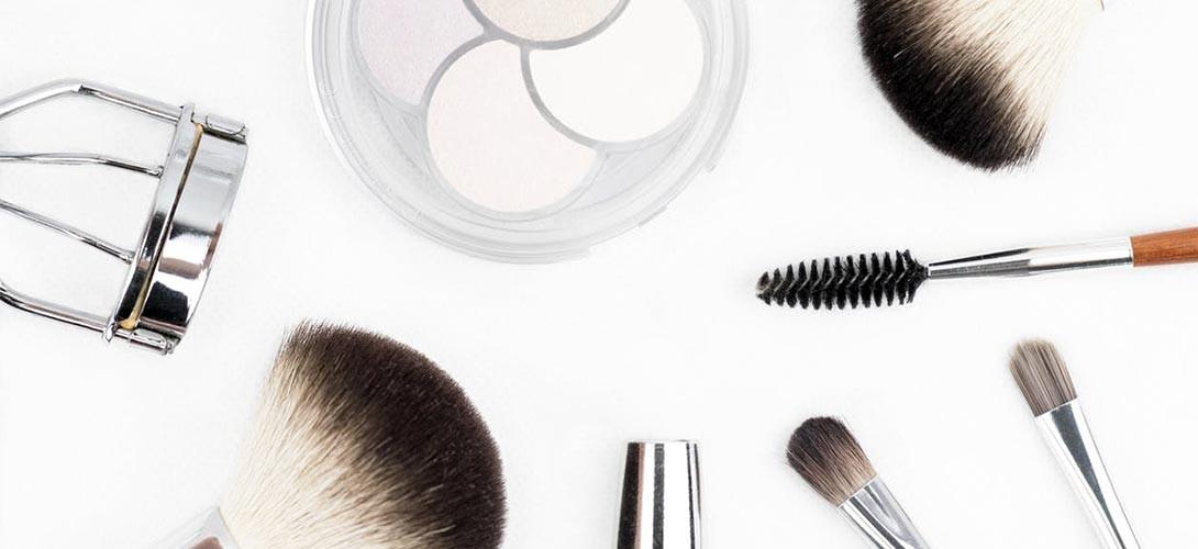 przybory-kosmetyczne Jak czytać skład kosmetyków? Sprawdź, na co musisz zwrócić uwagę!