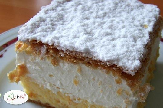 kremowka_ciasto Przepisy na ciasta - kremówka, czyli napoleonka <br> Sprawdź prosty i zawsze udany przepis!