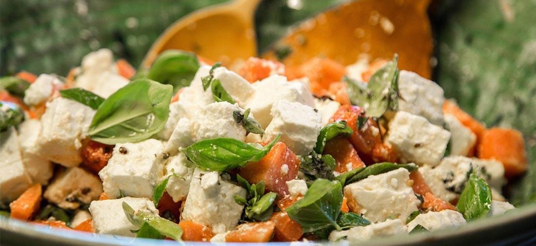 przepis-na-salate PRZEPIS NA SAŁATKĘ Z FETĄ w trzech różnych wariantach smakowych!