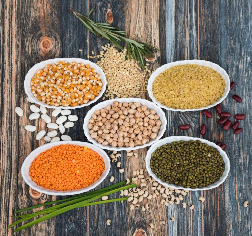 pulses-4760706_1920-1024x959 Pożywne zupy i pyszne dania z soczewicy – jak przygotować je w łatwy i szybki sposób?