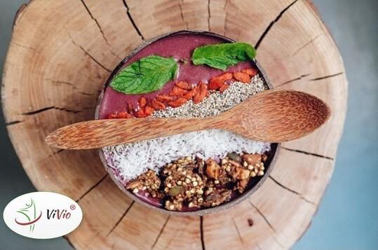 Wyrózniający-ok Olej kokosowy na zimno – jak wykorzystać go w naszej kuchni?