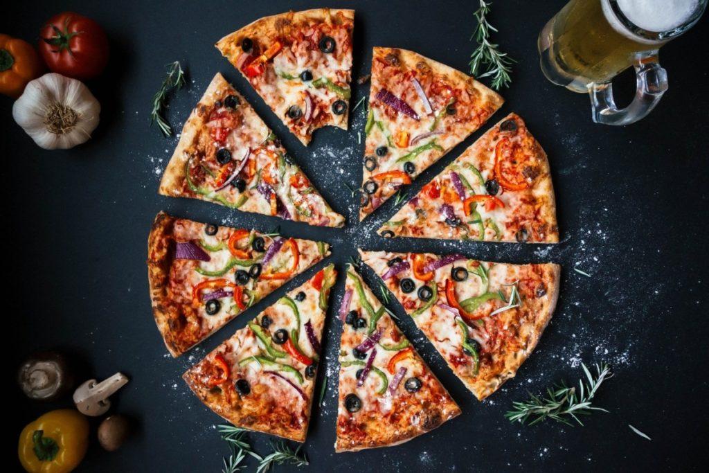 pizza-3007395_1920-1024x683 Fast-food w zdrowej odsłonie? To możliwe!