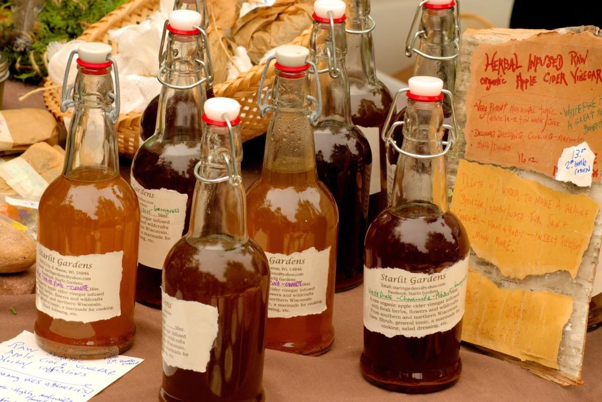 01.-apple-cider-vinegar-3506650_1280 Ocet jabłkowy – właściwości, przepis, odchudzanie. Na co pomaga?