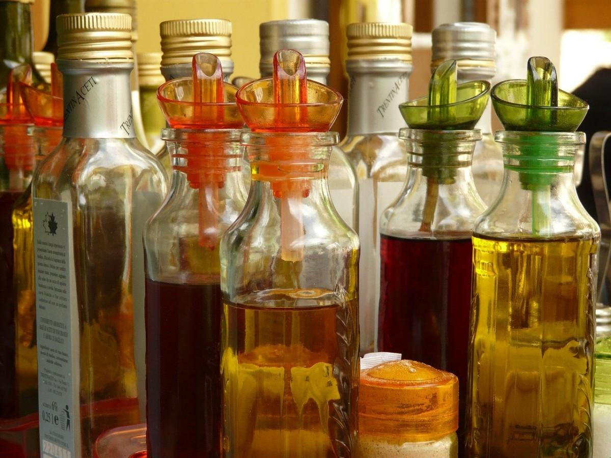 01.-bottle-589_1280 Ocet jabłkowy – właściwości, przepis, odchudzanie. Na co pomaga?