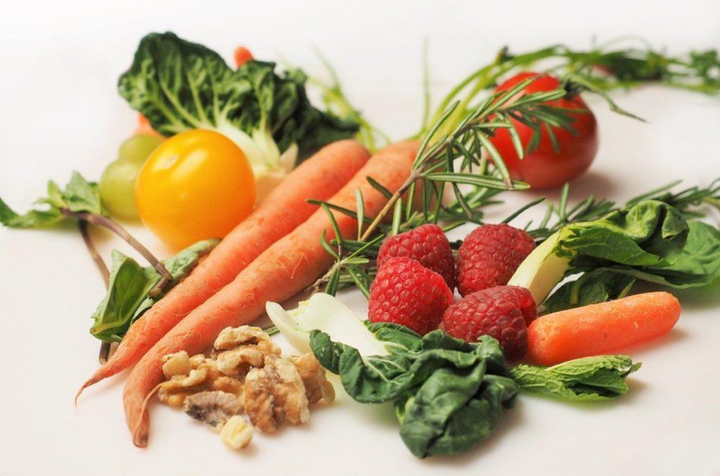vegetables-1085063_1920-1024x677 Witaminy – co warto wiedzieć na ich temat i gdzie ich szukać?