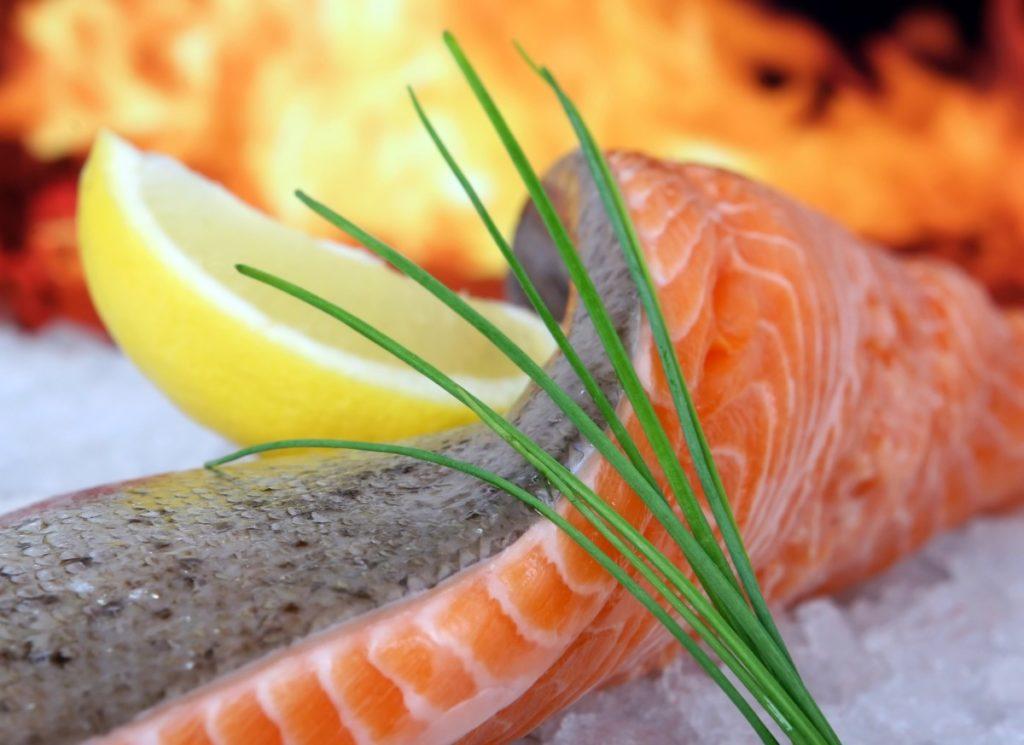 salmon-1238667_1920-1024x745 Jod – dlaczego jest tak ważnym składnikiem dla naszego zdrowia?