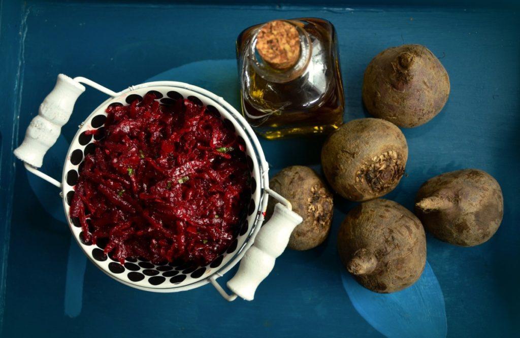 beetroot-1236007_1920-1024x666 Pełne zdrowia i smaku buraki – jak wykorzystać je w naszej kuchni?