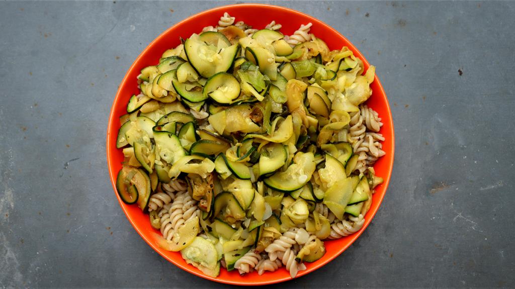 eat-4401625_1920-1024x575 Zapiekanki pełne warzyw – doskonała propozycja na jesienny obiad dla całej rodziny
