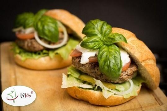Wyrózniający-ok Zamień Fast-food w coś zdrowego! Podpowiadamy, jak przygotować smaczne burgery i popularne przekąski w pełnej witamin odsłonie.