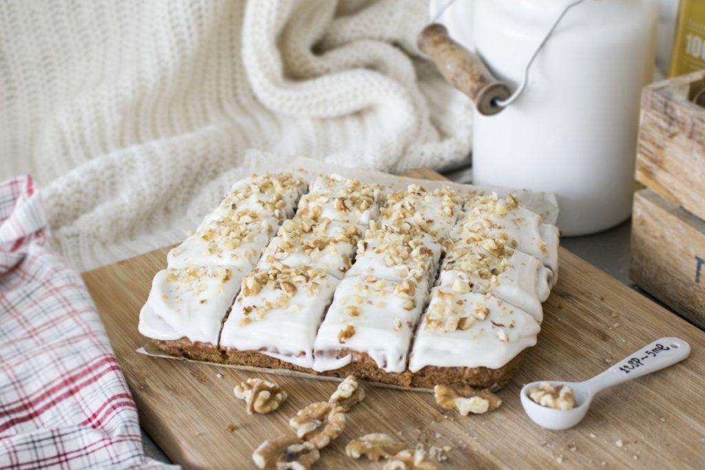carrot-cake-2351388_1920-1024x683 Jak przygotować smaczne ciasta z warzyw?