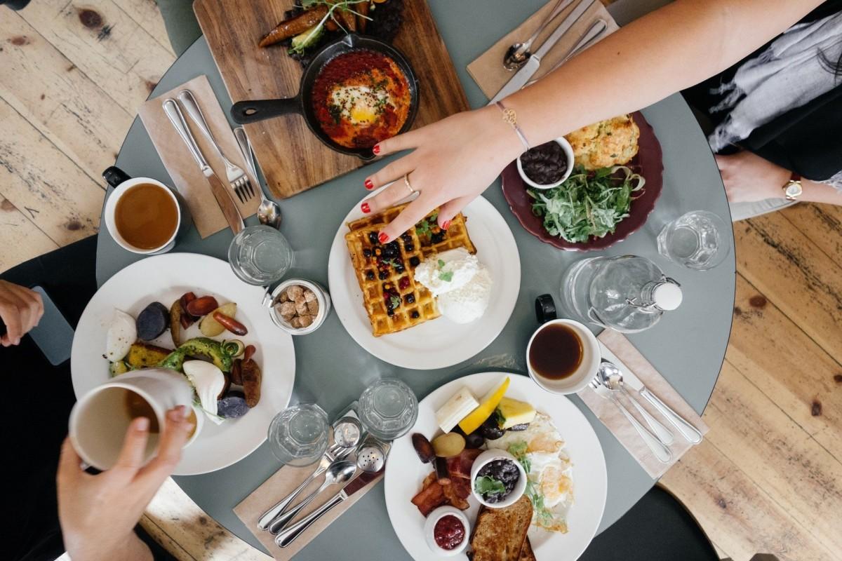 1-diety-niskow. Diety niskowęglowodanowe – skuteczne czy niebezpieczne?